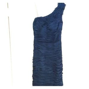 One shoulder Adrianna Papell cocktail dress size 4
